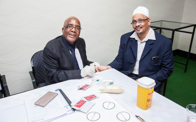 Minister of Health Dr Aaron Motsoaledi on Wednesday tested the HIV status of vice-president of the Moslem Judicial Council, Shaikh Achmat Sedick, at the launch of the Religious HIV Counselling and Testing (HCT) Programme, an initiative of the National Religious Association for Social Development (NRASD).